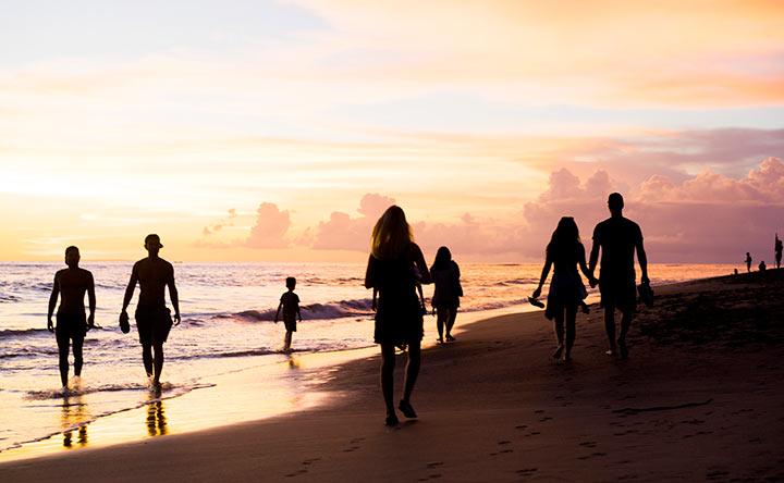 Tumore e vacanza: è possibile, basta parlarne con l'oncologo