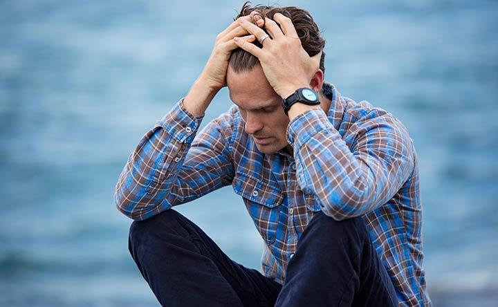 Cancro ai testicoli: i sintomi da non sottovalutare