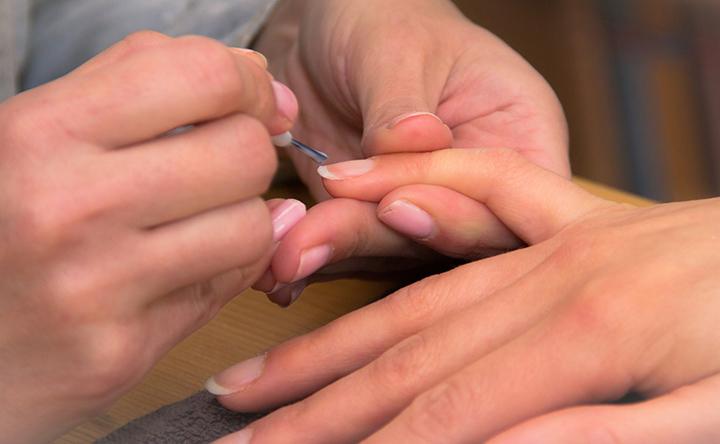 Prendersi cura delle unghie in terapia oncologica